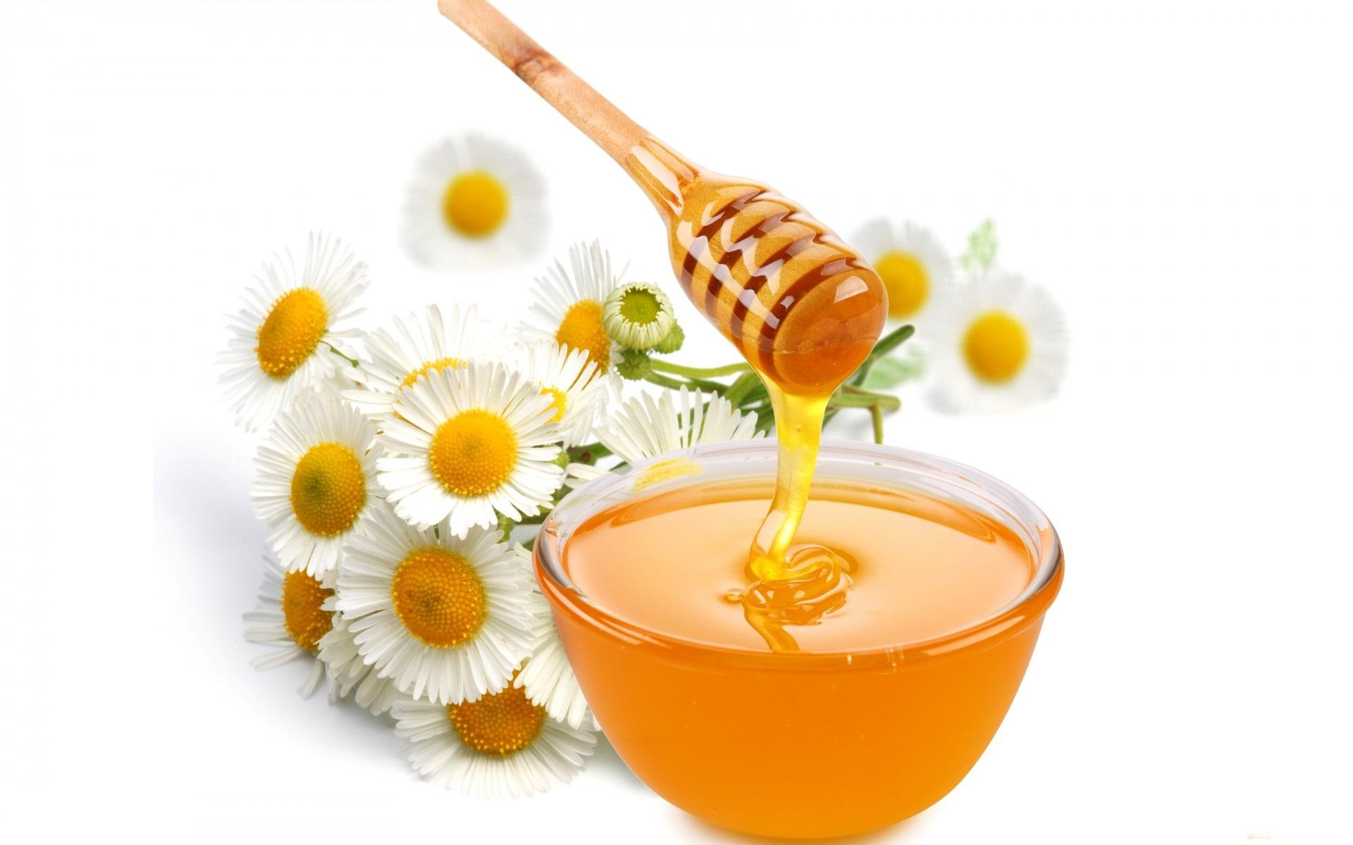 Công thức làm đẹp da siêu đơn giản với mật ong