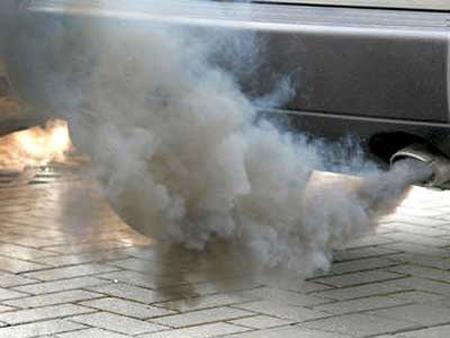 Khi thấy những màu khói này từ ống xả ô tô, bạn cần mang xe đi bảo dưỡng ngay