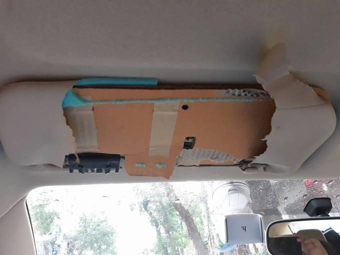 Toyota hãng xe duy nhất sử dụng bìa carton làm tấm chắn nắng cho ô tô