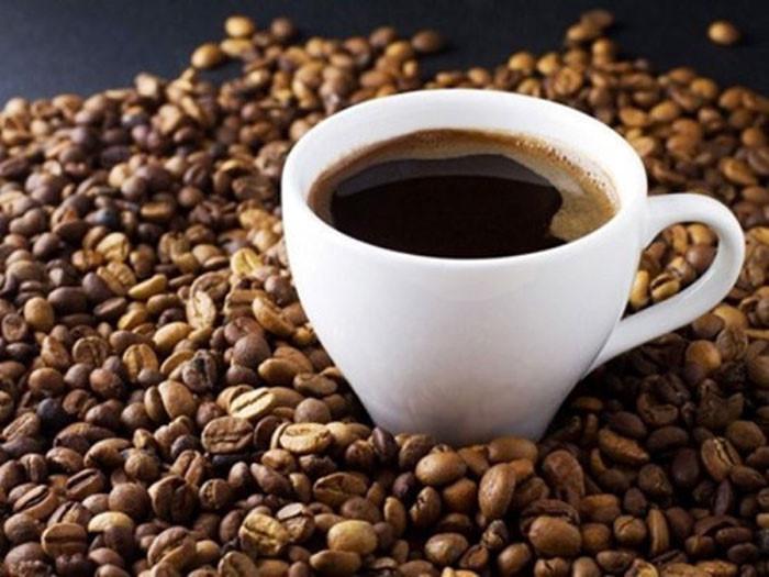 Sản phụ uống cà phê  mỗi ngày, con có nguy cơ béo phì ở tuổi đi học