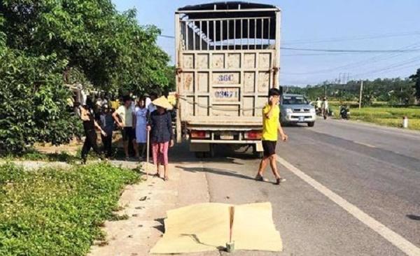 Vụ xe tải đâm chết thai phụ 9 tháng: Công an đã tạm giữ hình sự tài xế xe tải để điều tra