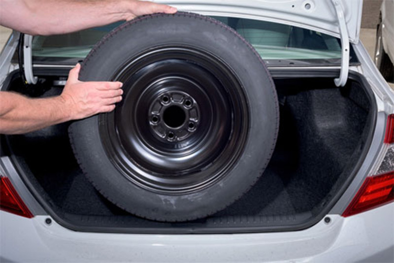 Nếu không muốn ô tô xảy ra hàng loạt hư hỏng tài xế không nên sử dụng lốp dự phòng lâu dài