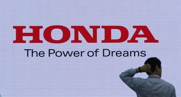 Honda thu hồi xe lần thứ năm, lãnh đạo cao cấp cắt giảm lương