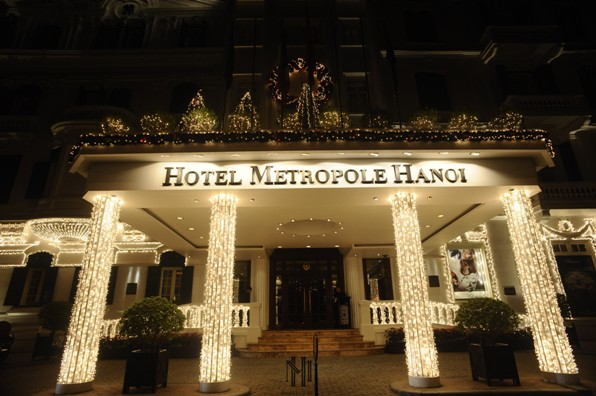 Noel đi chụp ảnh ở khách sạn Metropole là lựa chọn số một