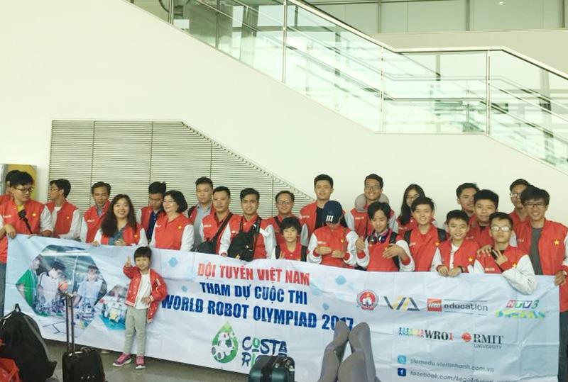 Học sinh Việt Nam giành thứ hạng cao tại cuộc thi Robotics thế giới 2017 - ảnh 1
