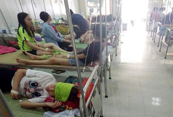 Sau tiệc liên hoan, hơn 70 sinh viên nhập viện vì ngộ độc - ảnh 1