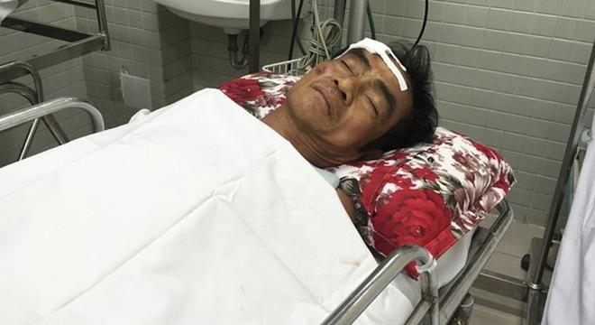 Ông Nén trong bệnh viện