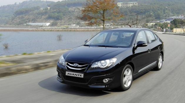 Hyundai Avante với giá bán từ 380 triệu đồng cũng là một trong những mẫu ô tô giá rẻ cũ đáng mua. Ảnh: Techz