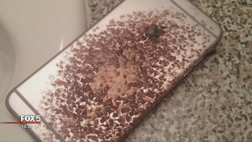 Chiếc iPhone 6 Plus của David Grimsley biến dạng sau khi bất ngờ bốc cháy