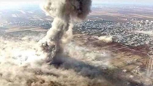 Khung cảnh sau khi Jafar al-Tayyar đánh bom liều chết thành công