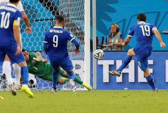 Kết quả tỉ số trận đấu Costa Rica - Hy Lạp World Cup 2014 đang tạm hòa 1-1. Rất có thể 2 đội sẽ phải thi đấu hiệp phụ