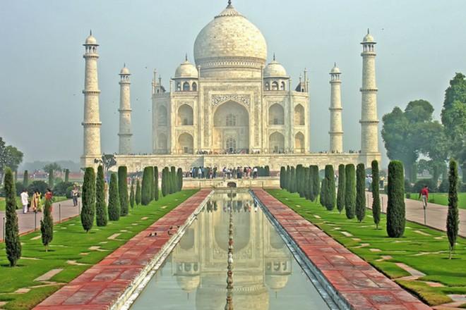 Lăng mộ Taj Mahal là một khám phá thế giới vĩ đại của nhân loại