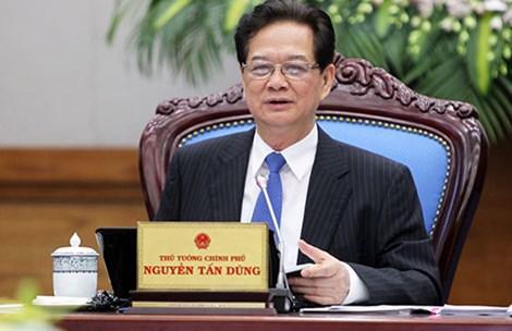 Thủ tướng Nguyễn Tấn Dũng đề nghị tiếp tục công khai minh bạch giá xăng dầu lên xuống