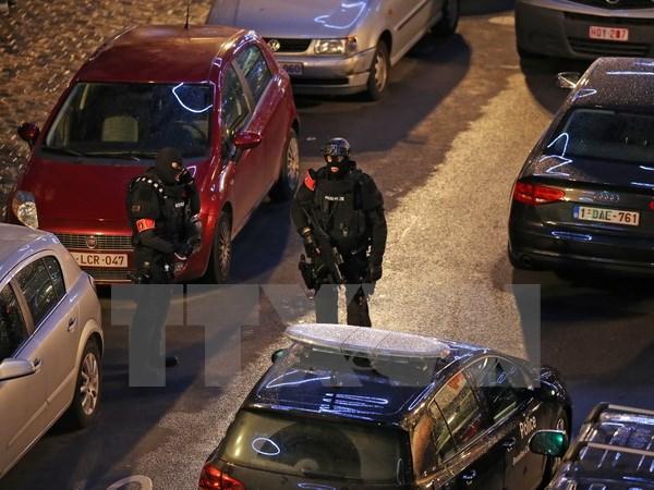 Bỉ vẫn duy trì cảnh báo cao nhất kể từ sau vụ tấn công khủng bố hàng loạt ở thủ đô Paris ( Pháp)