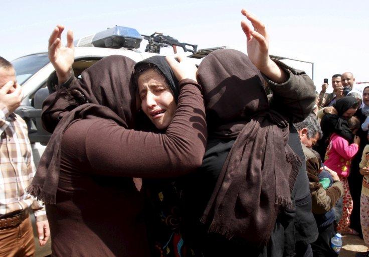 Nhiều phụ nữ Yazidi bị khủng bố IS hãm hiếp tập thể ngay tại nơi công cộng trước khi họ được thả
