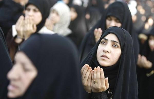 Các cô gái gia nhập khủng bố IS bị coi như miếng hàng truyền tai