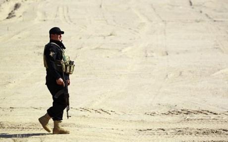 Lực lượng tuần tra Iraq tại tỉnh Anbar trong một chiến dịch quân sự chống lại khủng bố IS