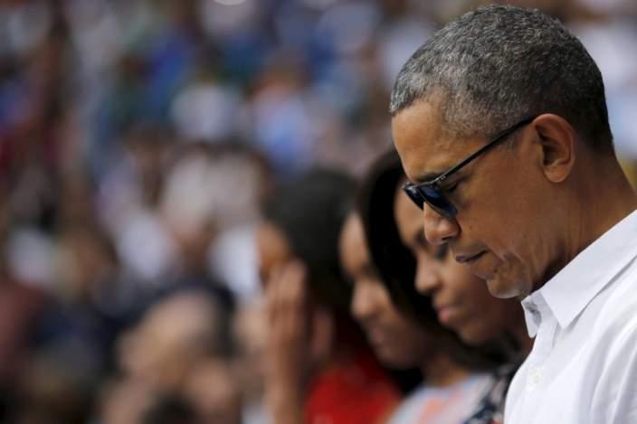 Tổng thống Mỹ Barack Obama có một phút im lặng tưởng nhớ nạn nhân Brussel