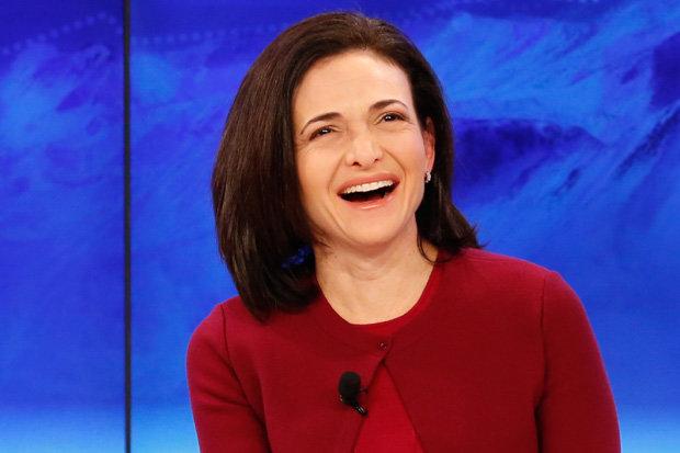 Giám đốc điều hành Facebook Sheryl Sandberg rất có niềm tin vào phương thức 'tiêu diệt' khủng bố IS đặc biệt của mình