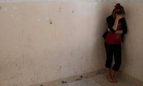 Thiếu nữ đau đớn kể lại câu chuyện bị khủng bố IS cưỡng hiếp