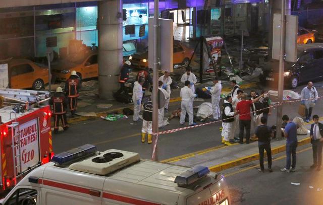 Nhiều bằng chứng cho thấy khủng bố IS là chủ mưu gây ra vụ tấn công khiến hàng chục người chết này