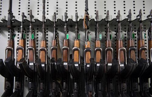 Súng tiểu liên AK 47, loại vũ khí các phần tử khủng bố IS sử dụng trong các cuộc tấn công Paris