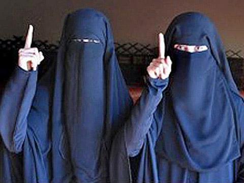 Số người Mỹ muốn gia nhập tổ chức khủng bố IS giảm xuống, nhưng các đối tượng có xu hướng trẻ hóa, với thành phần có nhiều thiếu nữ dưới 18 tuổi