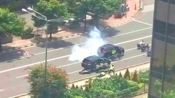 Hiện trường vụ tấn công khủng bố tại thủ đô Jakarta của Indonesia ngày 14/1