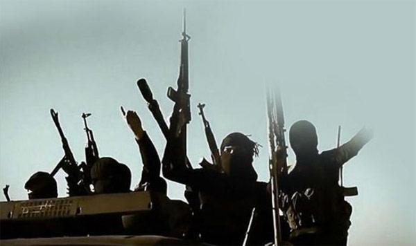 Hàng trăm phiến quân khủng bố IS đang được đào tạo để tấn công châu Âu