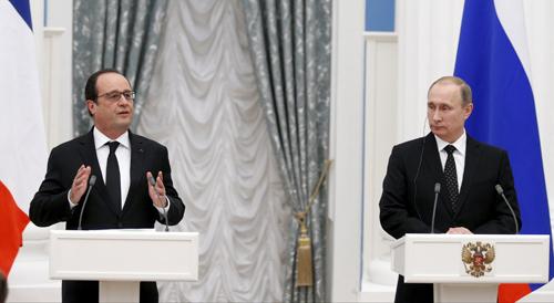 Tổng thống Hollande và Tổng thống Putin trong cuộc họp báo sau hội đàm ở điện Kremlin