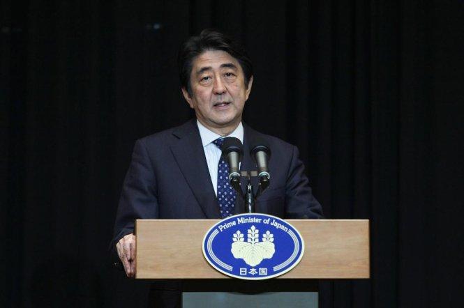 Thủ tướng Nhật Bản Shinzo Abe cho biết Nhật ngừng tham gia liên minh chống khủng bố IS