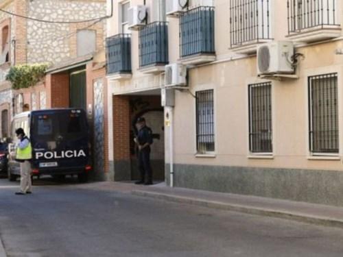 Cảnh sát Tây Ban Nha lục soát và bắt giữ phần tử Hồi giáo cực đoan sau vụ tấn công bất thành vào tàu cao tốc ở Pháp