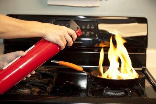 7 dụng cụ nhà bếp cũ cần được thay mới ngay hôm nay