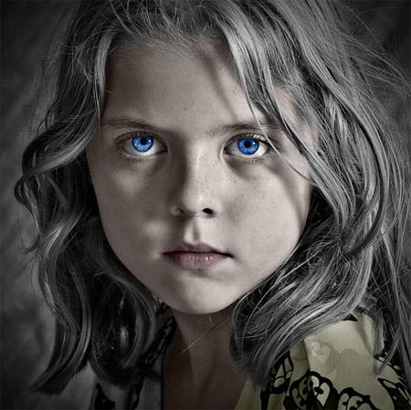 Trong kỹ thuật chụp ảnh chân dung, khó nhất là điều chỉnh được ánh mắt chủ thể