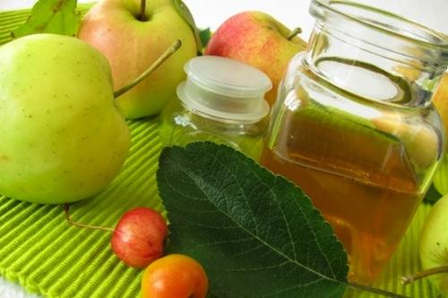 Sử dụng giấm táo là một trong những bí quyết làm đẹp mọi người nên biết