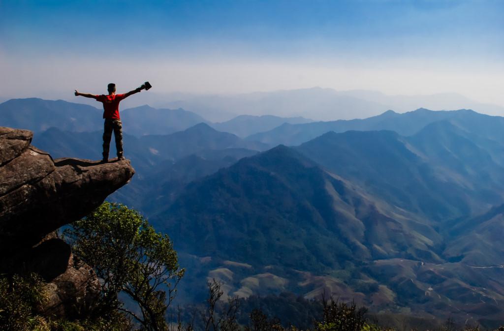 Đỉnh Pha Luông là một nơi tuyệt đẹp để bạn chiêm ngưỡng đất trời Tây Bắc