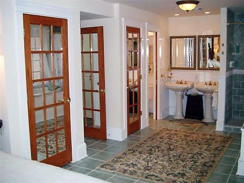 Mở cửa chính thấy nhà vệ sinh sẽ gây ảnh hưởng về sức khẻo cho cả nhà