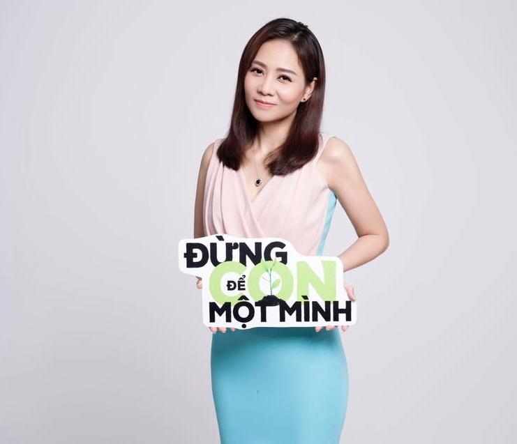Ca sĩ Thu Minh xuất hiện trong dự án 'Đừng để con một mình'