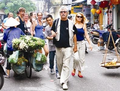 Nhiều khách du lịch quốc tế đến Việt Nam đã một đi không trở lại khi bị chặt chém như vậy