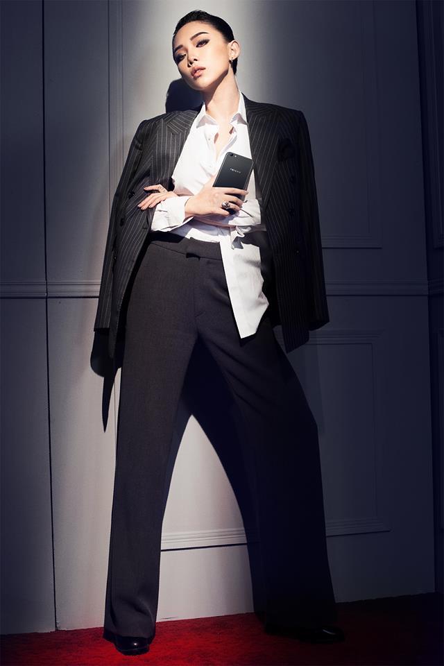Tóc Tiên là một trong những ca sĩ mặc đồ kiểu menswear ấn tượng nhất