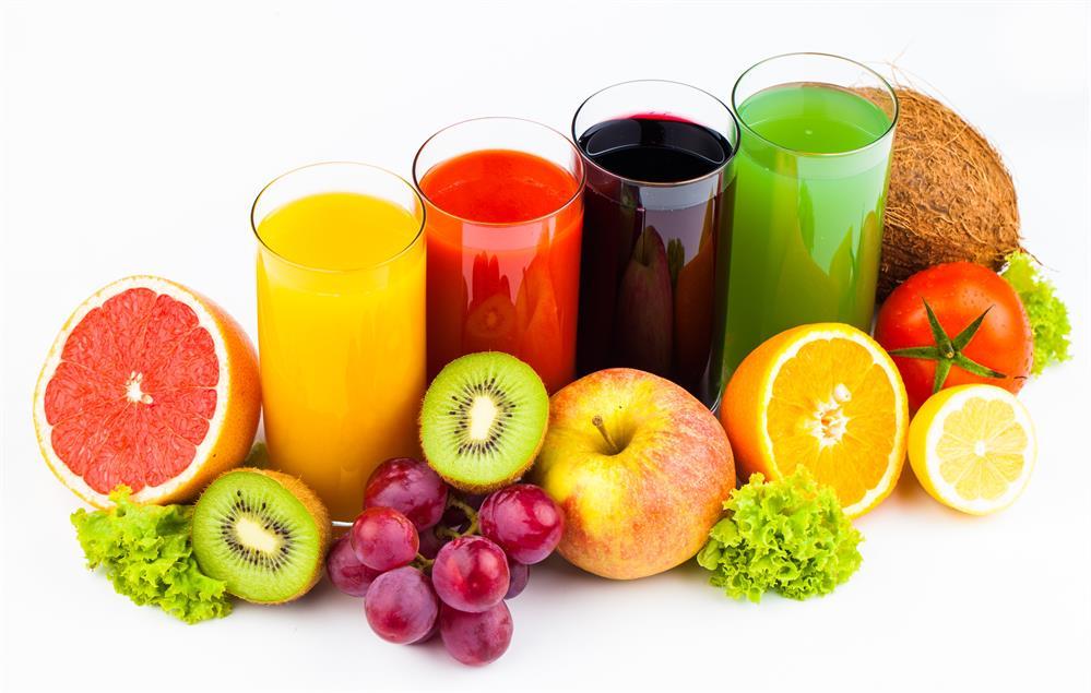 Bổ sung các dưỡng chất từ sinh tố hoa quả trong quá trình điều trị bệnh liệt nửa mặt