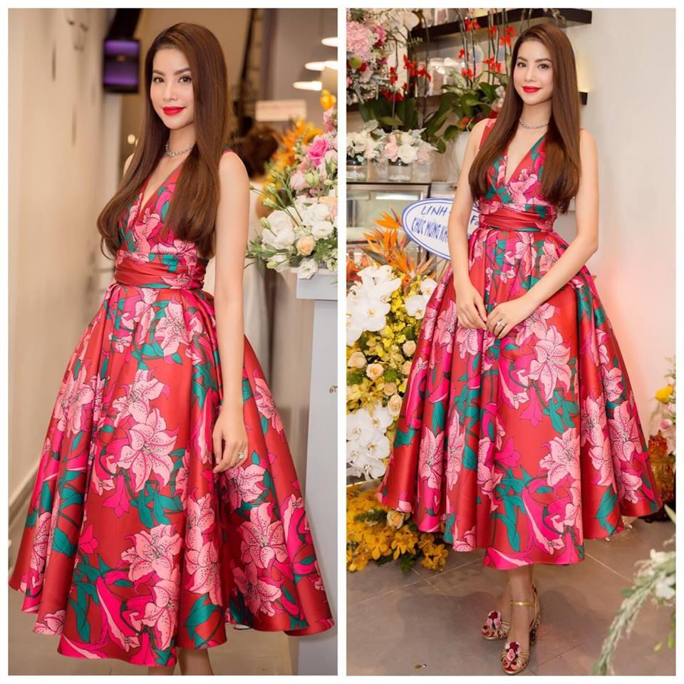 Hoa hậu Phạm Hương trong chiếc đầm in hoa rực rỡ của NTK Đỗ Mạnh Cường