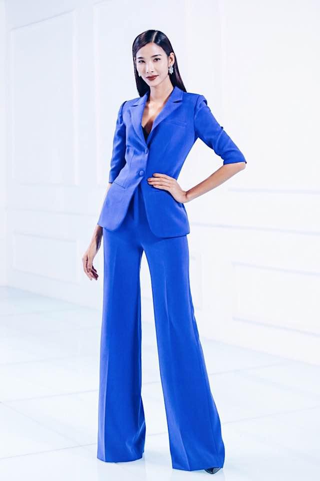 Một bộ trang phục cá tính khác của siêu mẫu Hoàng Thùy