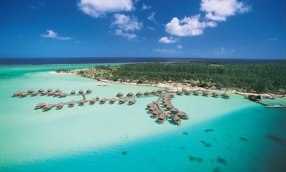Bora Bora được mệnh danh là thiên đường của các cặp tình nhân