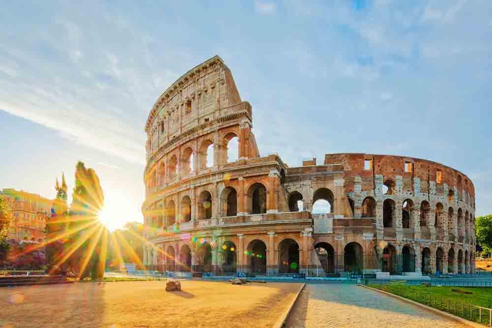 Rome nổi tiếng với sự lãng mạn và cổ kính