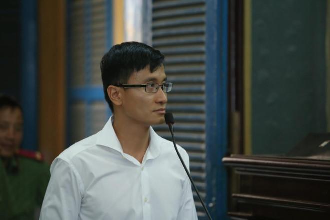 Không có chuyện ly hôn giữa Cao Toàn Mỹ và vợ do vụ kiện cáo với Trương Hồ Phương Nga