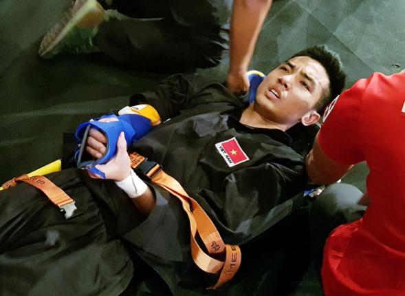 Phạm Tuấn Anh đã gặp chấn thương nặng trong trận đấu chung kết