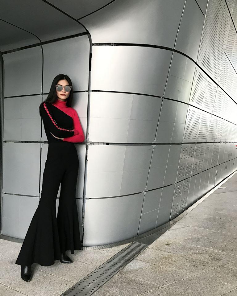 Kim Dung 'chất lừ' với set đồ gồm hai tông màu đen - đỏ tương phản