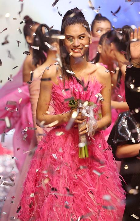 Kim Dung đăng quang ngôi vị quán quân Vietnam's Next Top Model 2017