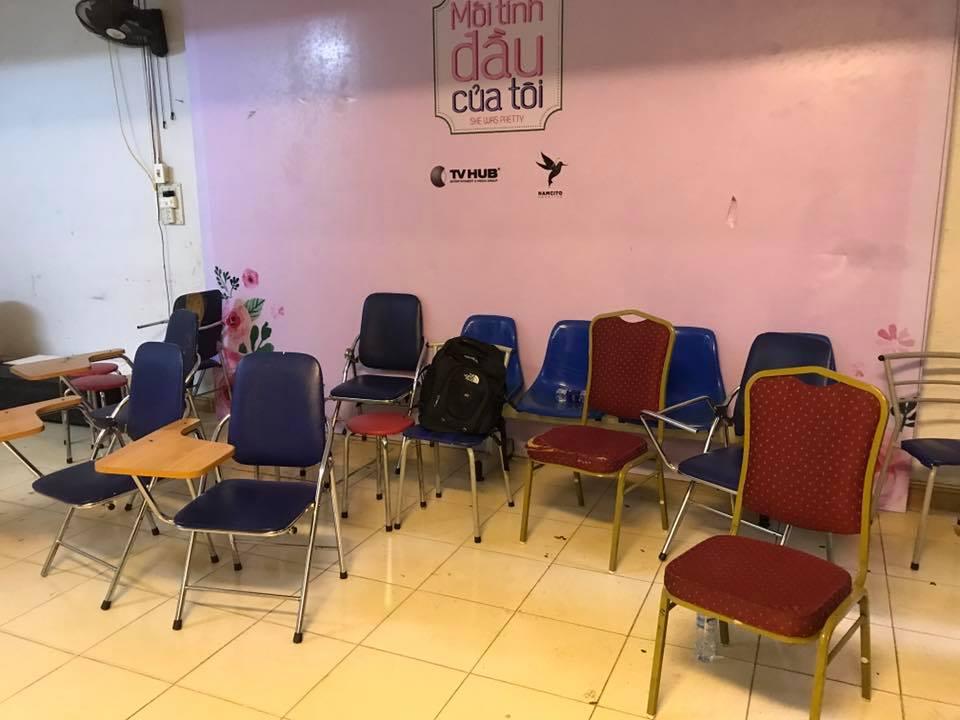 Những hình ảnh chị Nguyễn Hồng Nhung ghi lại về thực trạng lớp học